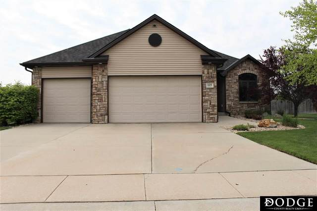 1125 Applewood Drive, Fremont, NE 68025 (MLS #22011696) :: Dodge County Realty Group
