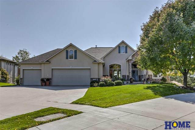 9543 Hollow Tree Place, Lincoln, NE 68512 (MLS #22011725) :: One80 Group/Berkshire Hathaway HomeServices Ambassador Real Estate