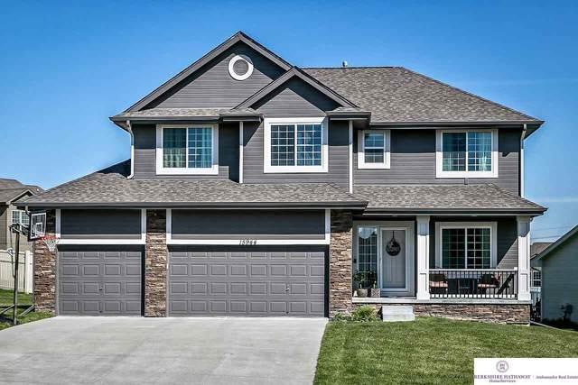 15944 Grebe Street, Bennington, NE 68007 (MLS #22011763) :: Omaha Real Estate Group