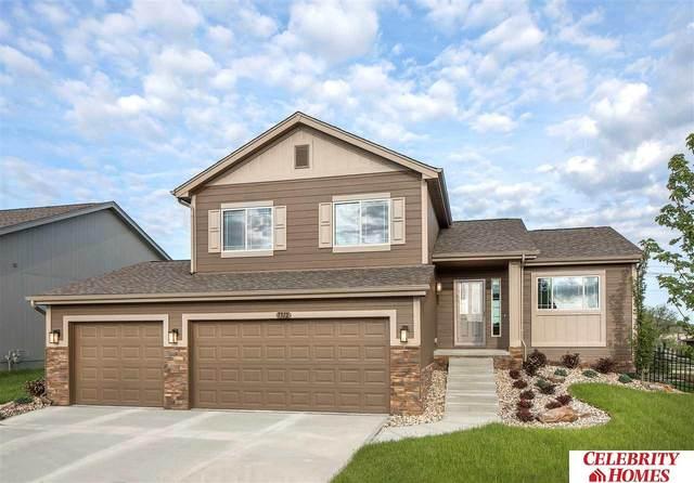 11708 S 112 Street, Papillion, NE 68046 (MLS #22011787) :: One80 Group/Berkshire Hathaway HomeServices Ambassador Real Estate