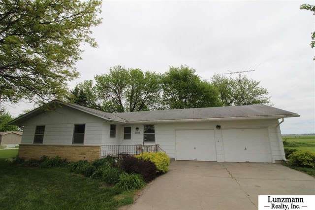 1102 S Main Street, Brock, NE 68320 (MLS #22011976) :: The Briley Team
