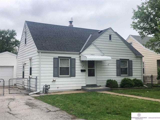 1921 S 48 Avenue, Omaha, NE 68106 (MLS #22011998) :: One80 Group/Berkshire Hathaway HomeServices Ambassador Real Estate