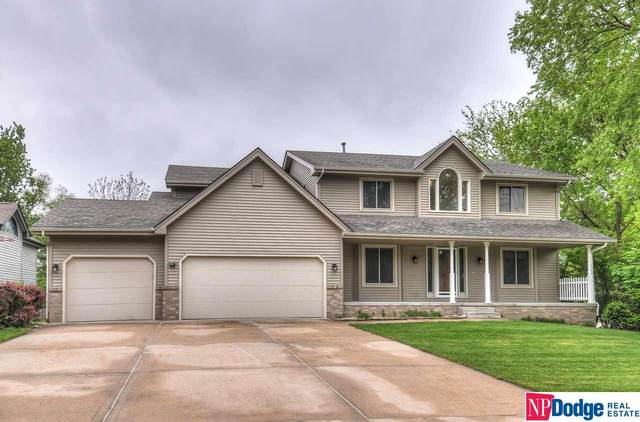 2805 Blackhawk Drive, Bellevue, NE 68123 (MLS #22012011) :: Cindy Andrew Group