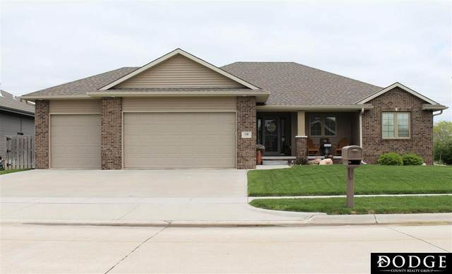 1116 N Eastwood Drive, Fremont, NE 68025 (MLS #22012044) :: Dodge County Realty Group