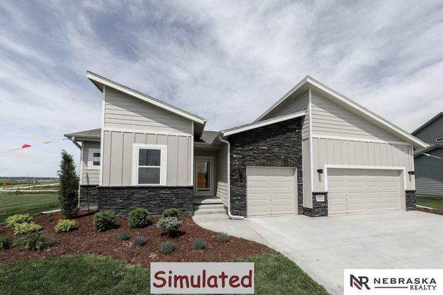 8741 S 81st Street, Lincoln, NE 68516 (MLS #22012049) :: Stuart & Associates Real Estate Group