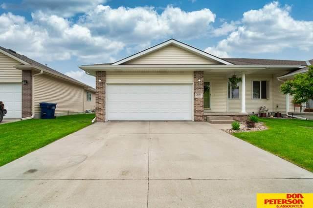 2543 N Laverna, Fremont, NE 68025 (MLS #22012087) :: Dodge County Realty Group