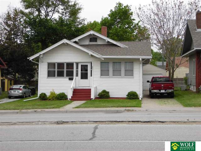 2741 South Street, Lincoln, NE 68502 (MLS #22012095) :: Dodge County Realty Group