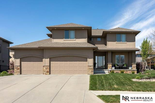 17214 Sunflower Street, Bennington, NE 68007 (MLS #22012133) :: Stuart & Associates Real Estate Group