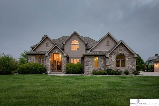 22108 Stanford Circle, Elkhorn, NE 68022 (MLS #22012137) :: The Briley Team