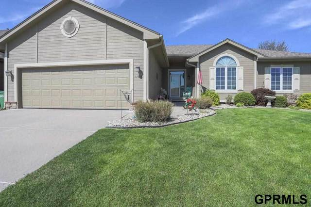 11908 S 48Th Street, Papillion, NE 68133 (MLS #22012164) :: Dodge County Realty Group