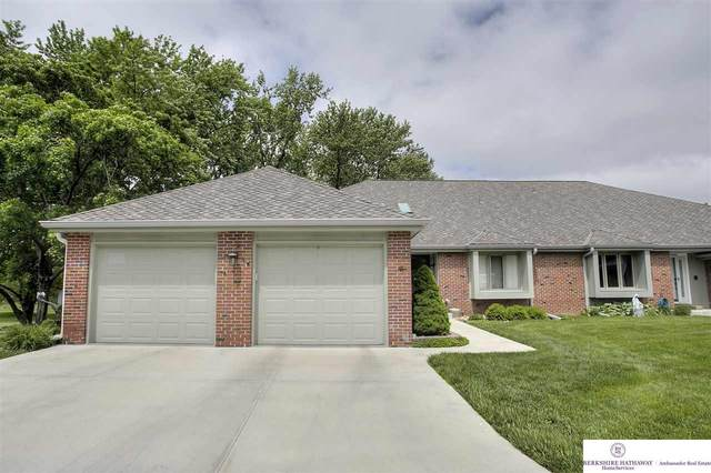 6434 S 120 Plaza, Omaha, NE 68137 (MLS #22012178) :: One80 Group/Berkshire Hathaway HomeServices Ambassador Real Estate