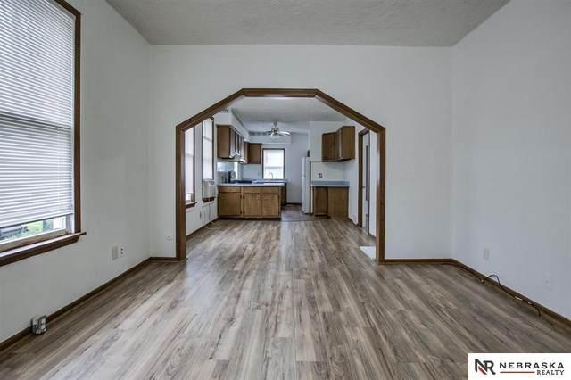 2717 Browne Street, Omaha, NE 68111 (MLS #22012243) :: Dodge County Realty Group