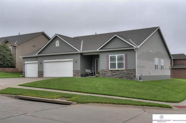 17213 Jessica Lane, Gretna, NE 68028 (MLS #22012263) :: Dodge County Realty Group