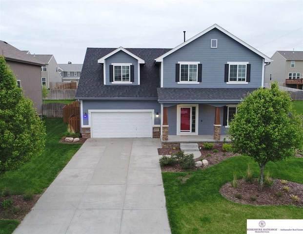 11163 Prospect Street, Papillion, NE 68046 (MLS #22012288) :: Dodge County Realty Group