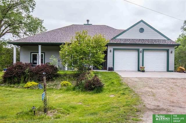 405 Cedar Lodge Road, Cedar Creek, NE 68016 (MLS #22012386) :: kwELITE