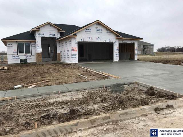 1032 Terrace View Drive, Hickman, NE 68372 (MLS #22012397) :: One80 Group/Berkshire Hathaway HomeServices Ambassador Real Estate