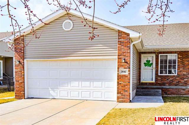 7441 S 16th Street, Lincoln, NE 68512 (MLS #22012419) :: Capital City Realty Group