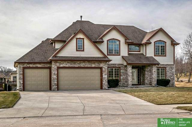 4809 Lakeside Circle, Papillion, NE 68133 (MLS #22012431) :: Dodge County Realty Group