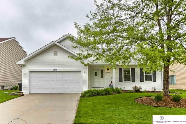 15716 T Street, Omaha, NE 68135 (MLS #22012466) :: Dodge County Realty Group