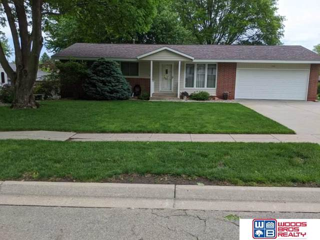 600 Leavitt Lane, Lincoln, NE 68510 (MLS #22012531) :: Capital City Realty Group