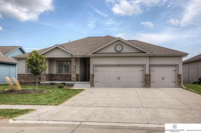 2711 N 190 Street, Elkhorn, NE 68022 (MLS #22012532) :: Cindy Andrew Group