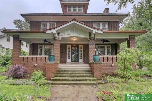 1026 Mercer Park Road, Omaha, NE 68131 (MLS #22012635) :: One80 Group/Berkshire Hathaway HomeServices Ambassador Real Estate