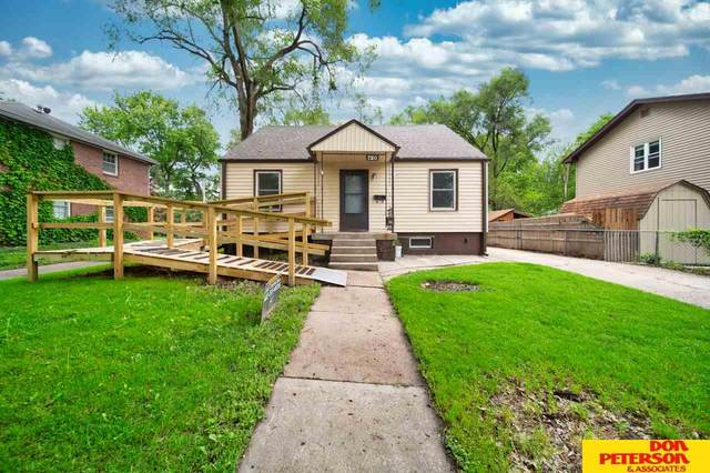 720 W 11th, Fremont, NE 68025 (MLS #22012652) :: One80 Group/Berkshire Hathaway HomeServices Ambassador Real Estate