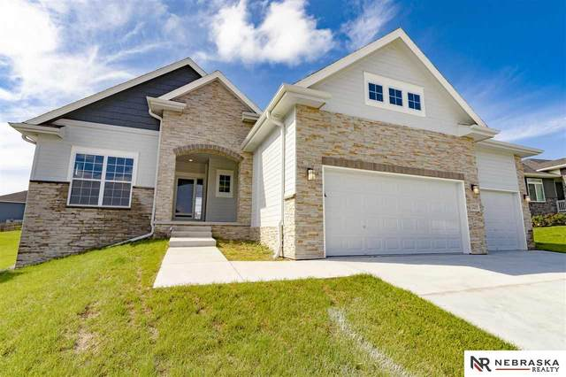 7316 Dempster Drive, Lincoln, NE 68516 (MLS #22012692) :: Capital City Realty Group