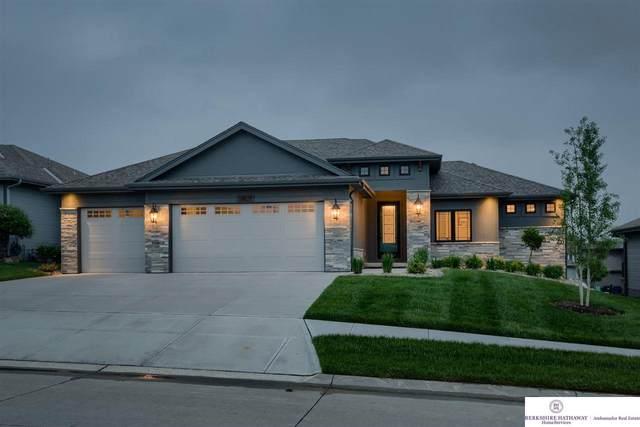 18929 Ruggles Street, Elkhorn, NE 68022 (MLS #22012765) :: Complete Real Estate Group