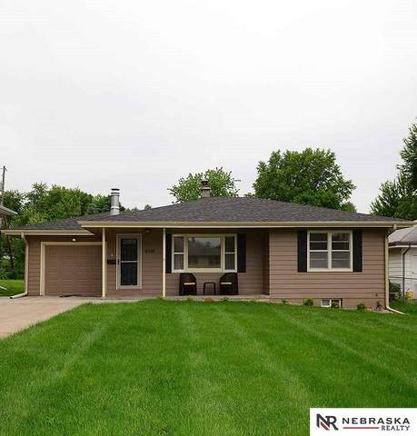 4419 Vinton Street, Omaha, NE 68105 (MLS #22012789) :: Complete Real Estate Group
