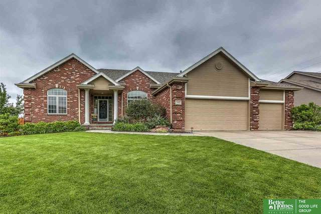 1908 Longview Street, Papillion, NE 68133 (MLS #22012802) :: Dodge County Realty Group