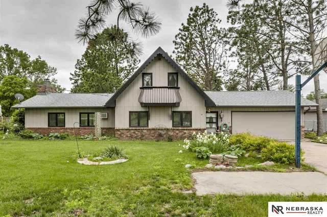 4024 Lakeview Drive, Cedar Creek, NE 68016 (MLS #22012828) :: kwELITE