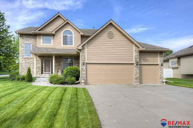 7351 South Shore Street, Papillion, NE 68046 (MLS #22012839) :: Dodge County Realty Group