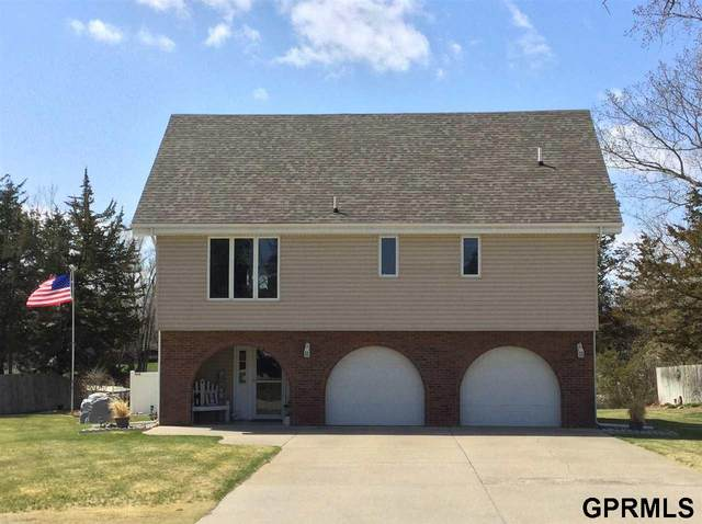 1 Sandy Point Drive, Columbus, NE 68601 (MLS #22012842) :: Catalyst Real Estate Group