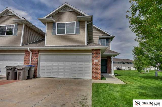 6201 Windhaven Drive, Lincoln, NE 68512 (MLS #22012864) :: Complete Real Estate Group