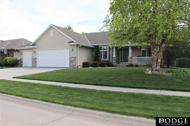 3129 Peterson Avenue, Fremont, NE 68025 (MLS #22012879) :: Dodge County Realty Group