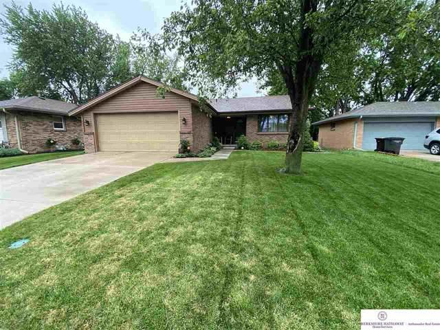 2441 S 58 Street, Lincoln, NE 68506 (MLS #22012880) :: Stuart & Associates Real Estate Group