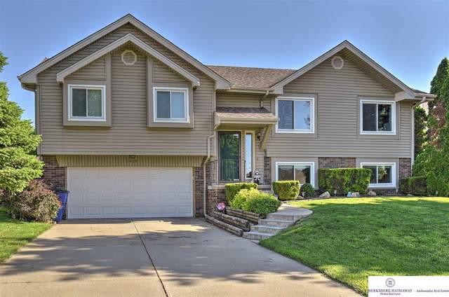 7009 Michelle Avenue, La Vista, NE 68128 (MLS #22012937) :: Dodge County Realty Group