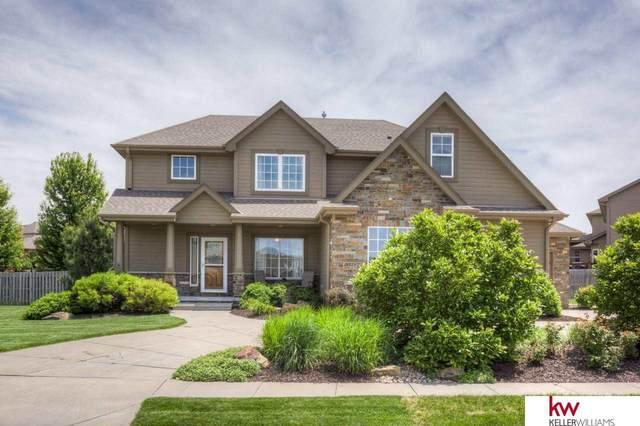 18325 Honeysuckle Drive, Omaha, NE 68022 (MLS #22012958) :: kwELITE