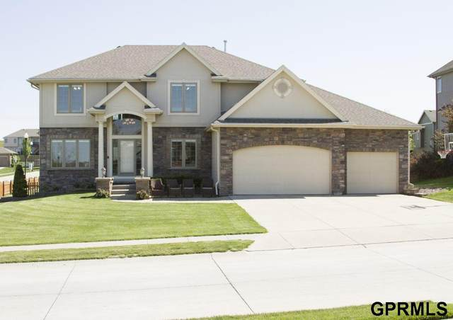 1410 Ranch Circle, Papillion, NE 68046 (MLS #22012963) :: Dodge County Realty Group