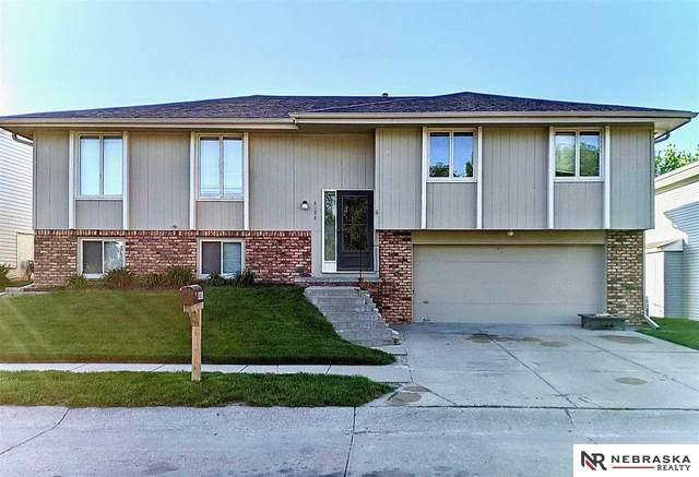 6006 N 116 Circle, Omaha, NE 68164 (MLS #22012973) :: kwELITE
