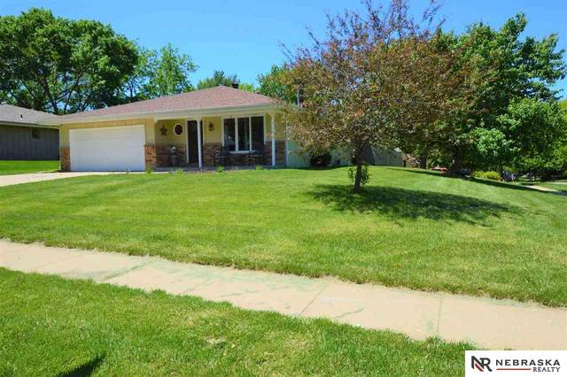 5201 Starling Court, Lincoln, NE 68516 (MLS #22012989) :: One80 Group/Berkshire Hathaway HomeServices Ambassador Real Estate