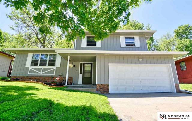 3505 Lynnwood Drive, Bellevue, NE 68123 (MLS #22013026) :: Catalyst Real Estate Group