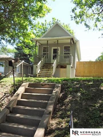 4413 S 34th Street, Omaha, NE 68107 (MLS #22013029) :: Dodge County Realty Group