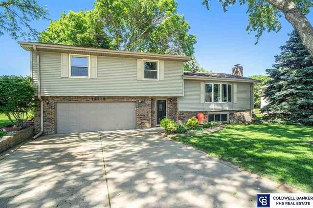13116 Southdale Circle, Omaha, NE 68137 (MLS #22013051) :: One80 Group/Berkshire Hathaway HomeServices Ambassador Real Estate