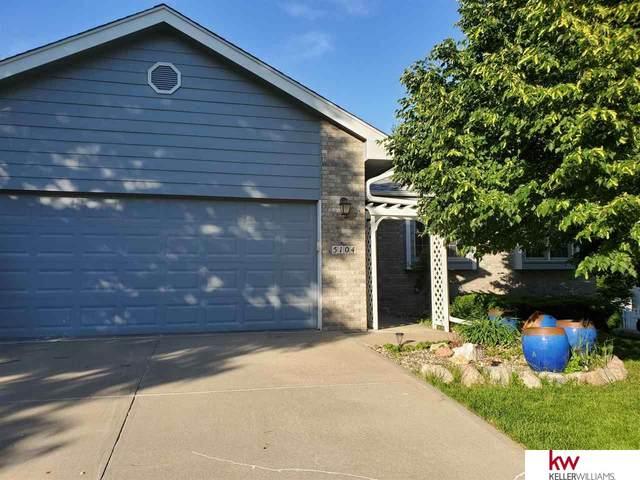 5104 Timberridge Drive, Papillion, NE 68113 (MLS #22013073) :: kwELITE