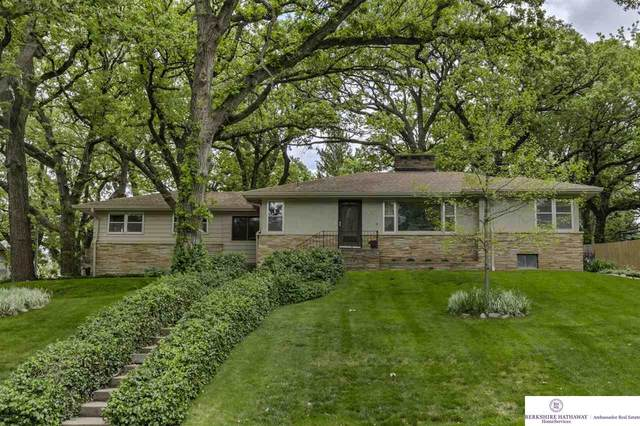 7617 Belmont Drive, Omaha, NE 68127 (MLS #22013076) :: Omaha Real Estate Group