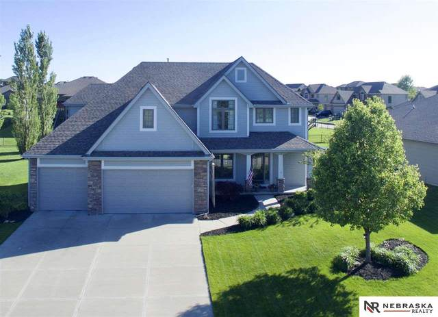 7725 South Shore Street, Papillion, NE 68046 (MLS #22013096) :: Complete Real Estate Group