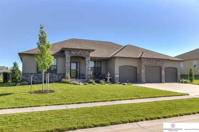 11610 Cooper Street, Papillion, NE 68046 (MLS #22013098) :: Complete Real Estate Group
