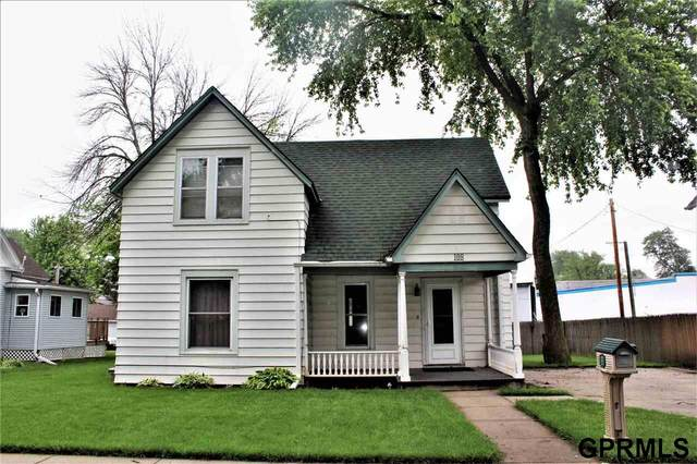 108 N Maple Avenue, Logan, IA 51546 (MLS #22013124) :: One80 Group/Berkshire Hathaway HomeServices Ambassador Real Estate